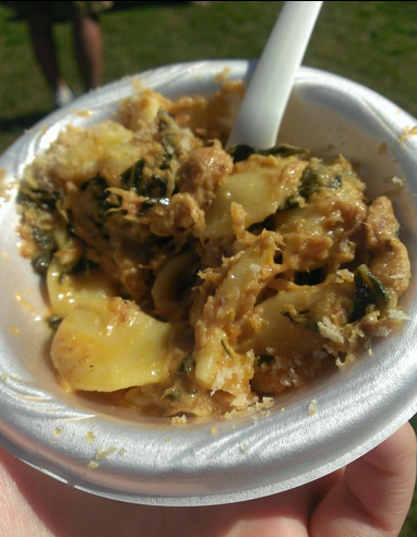 Pulled pork and collared green mac and cheese from Graze, aka my favorite thing ever.