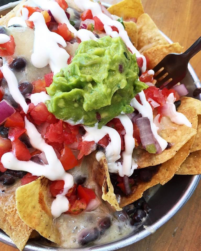 taco-boy-nachos